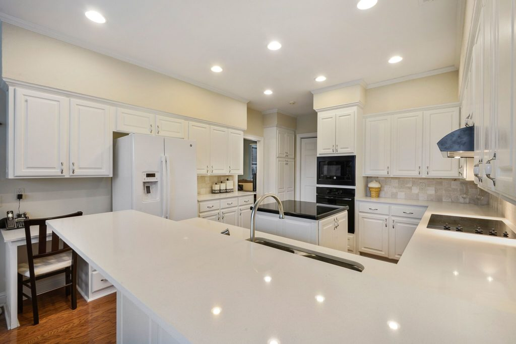 Kitchen Remodel in Baton Rouge with quartz countertops