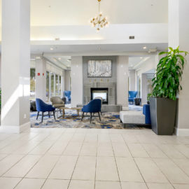 baton-rouge-commercial-gc-lounge-area