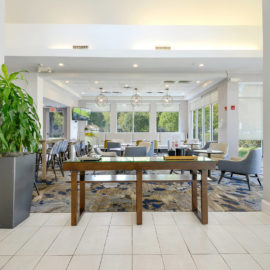 commercial-construction-hotel-dining-room